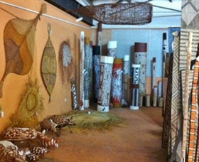Maningrida Arts and Culture - Accommodation Cooktown