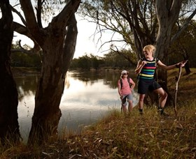 Narrandera Bike and Hike Track - Accommodation Cooktown