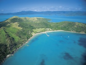 Molle Islands National Park - Accommodation Cooktown
