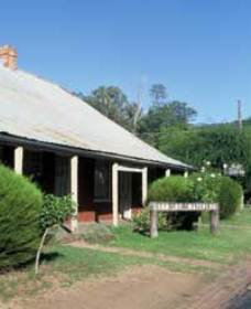Lion of Waterloo Tavern - Accommodation Cooktown