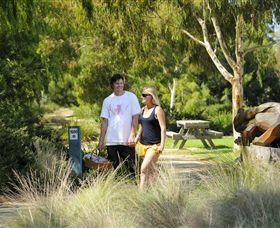 Sale Common Wetlands Walk - Accommodation Cooktown