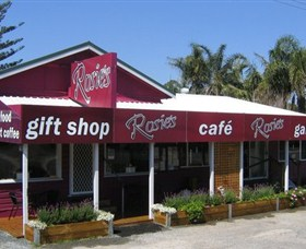 Rosies Cafe and Gallery - Accommodation Cooktown