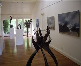Ivy Hill Gallery - Accommodation Cooktown