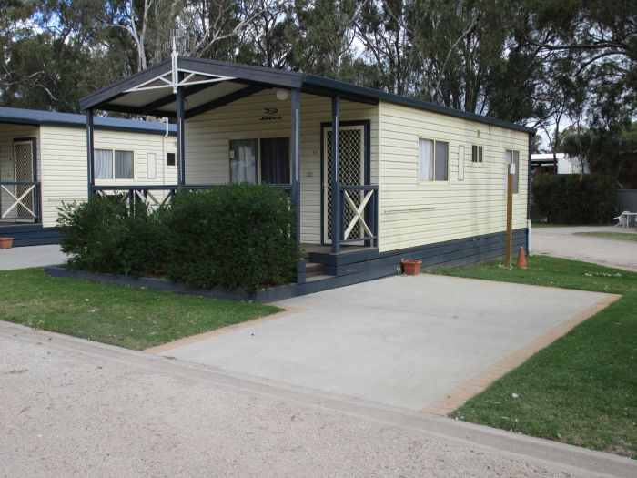 McLean Beach Holiday Park - Accommodation Cooktown