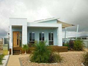 The Coastal - Accommodation Cooktown