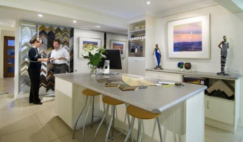 Art Nuvo Gallery - Accommodation Cooktown