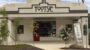 Tootsie Fine Art and Design - Accommodation Cooktown