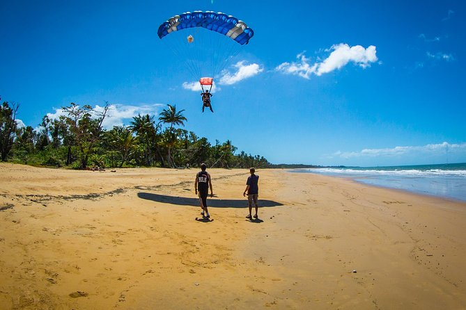 Beach Skydive from up to 15000ft over Mission Beach - Accommodation Cooktown
