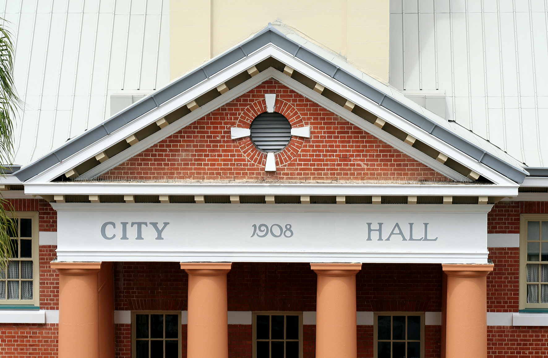 Maryborough City Hall - Accommodation Cooktown