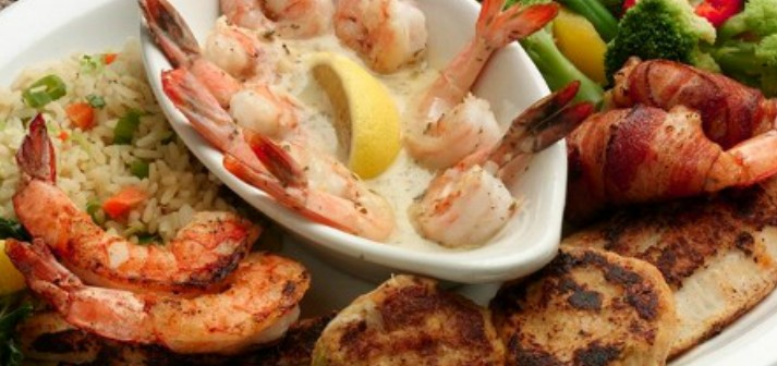 Wilson's Boathouse Seafood Restaurants - Accommodation Cooktown
