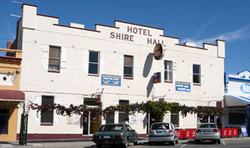 Shire Hall Hotel - Accommodation Cooktown