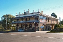 Caledonia Hotel - Accommodation Cooktown
