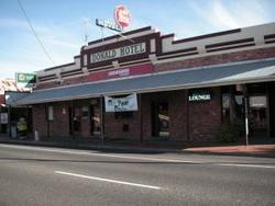 Donald Hotel - Accommodation Cooktown
