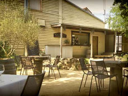 The Cosmopolitan Hotel - Accommodation Cooktown