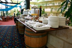 Alexanders Restaurant - Lord Forrest Hotel - Accommodation Cooktown