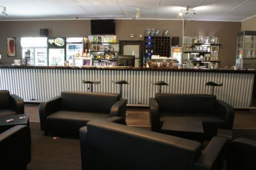 The Falls Bar amp Cafe - Accommodation Cooktown