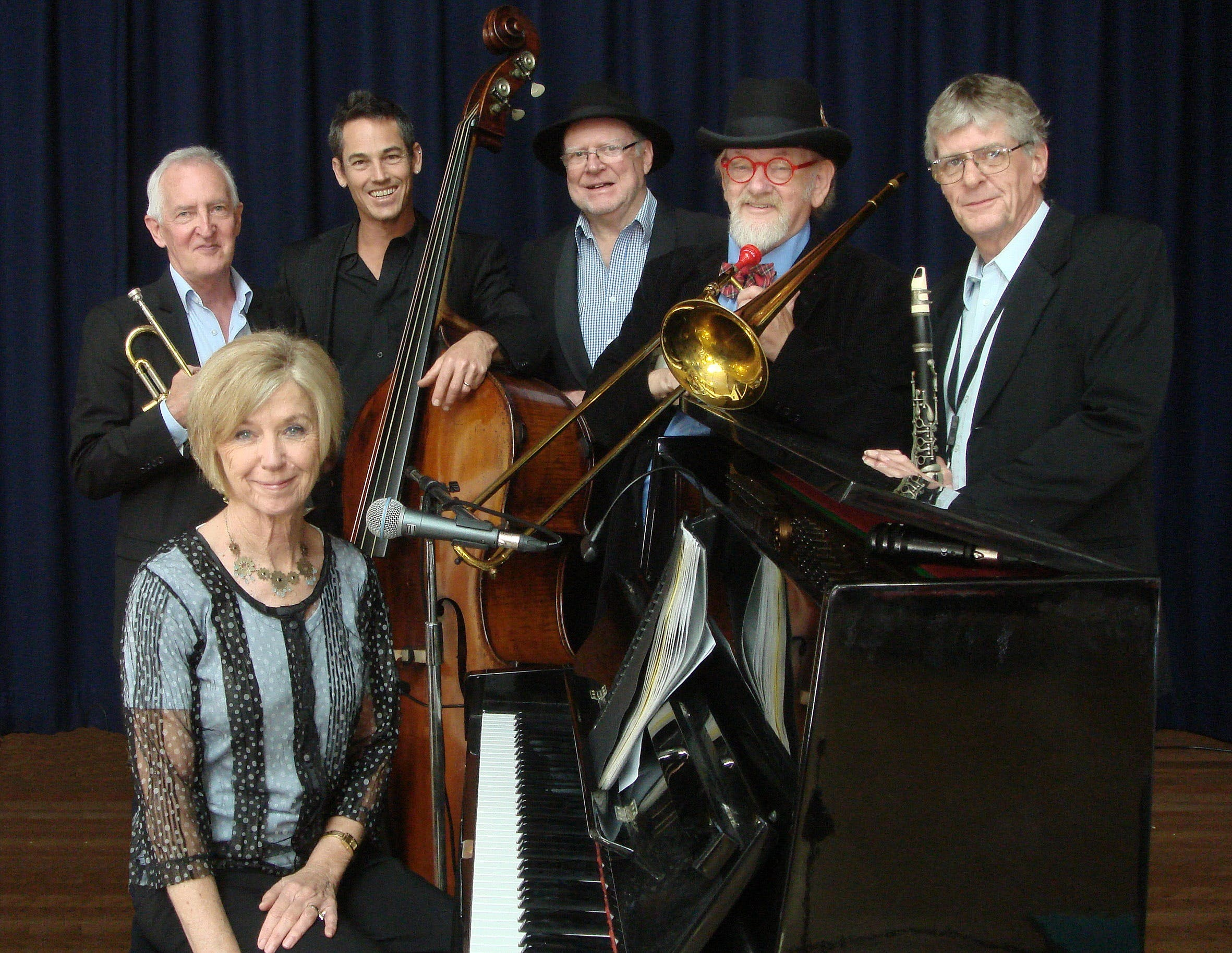 The Caxton Street Jazz Band in the Swigmore Hall at Robert Channon Wines - Accommodation Cooktown