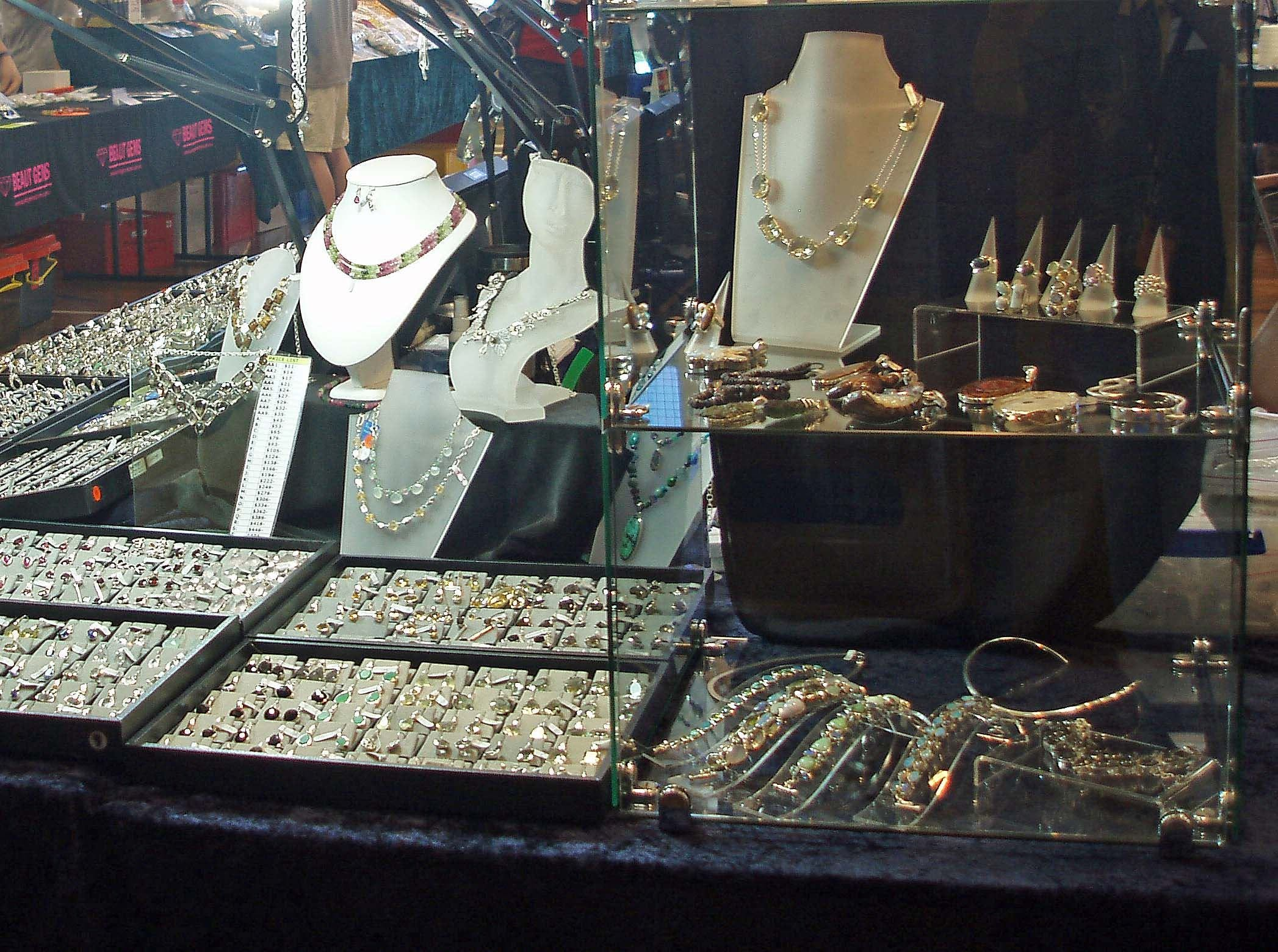 Toowoomba Gemfest - Gems and Jewellery - Accommodation Cooktown