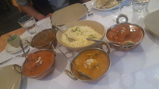 Tandoori  Curry Club - Accommodation Cooktown