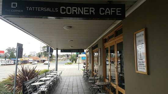 The Corner Cafe -Tatts Pub - Accommodation Cooktown