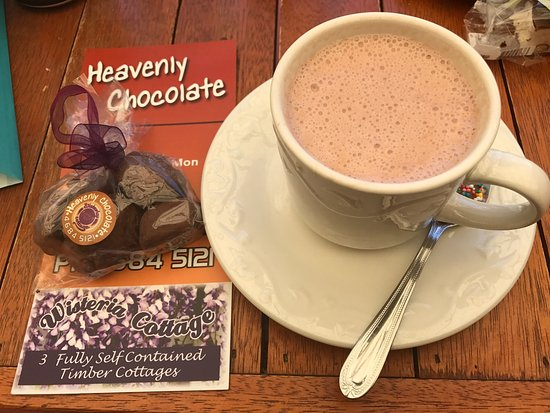 Stanthorpe's Heavenly Chocolate at Wisteria Cottage - Accommodation Cooktown