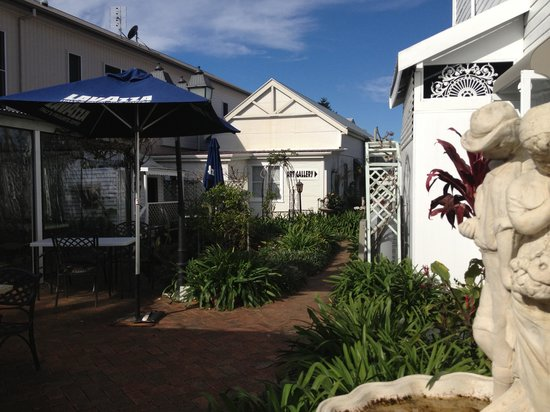 House of Gabriel - Accommodation Cooktown