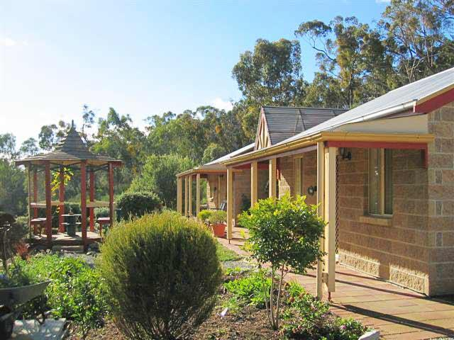 Riesling Trail  Clare Valley Cottages - Accommodation Cooktown