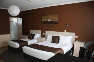 Lakeview Motel and Apartments - Accommodation Cooktown