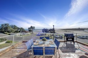 The Rotunda  Gerroa - Pet Friendly Beachfront - Accommodation Cooktown
