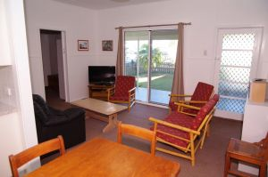 Fleur Cottage 7 Willow Street - Accommodation Cooktown