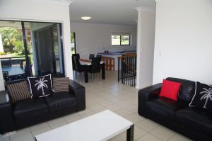 Breakaway 11 Scott Street - Accommodation Cooktown