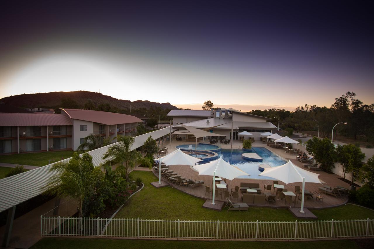 Crowne Plaza Alice Springs Lasseters - Accommodation Cooktown