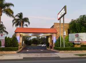 Centrepoint Midcity Motor Inn - Accommodation Cooktown