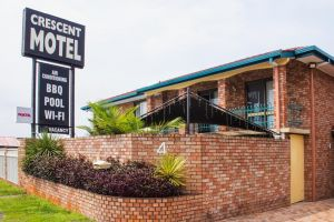 Crescent Motel Taree - Accommodation Cooktown