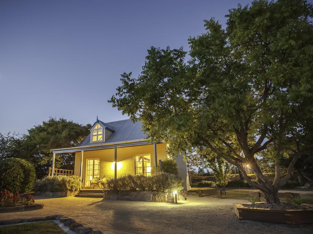 Vineyard Cottages - Accommodation Cooktown