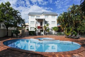Earls Court Motel  Apartments - Accommodation Cooktown