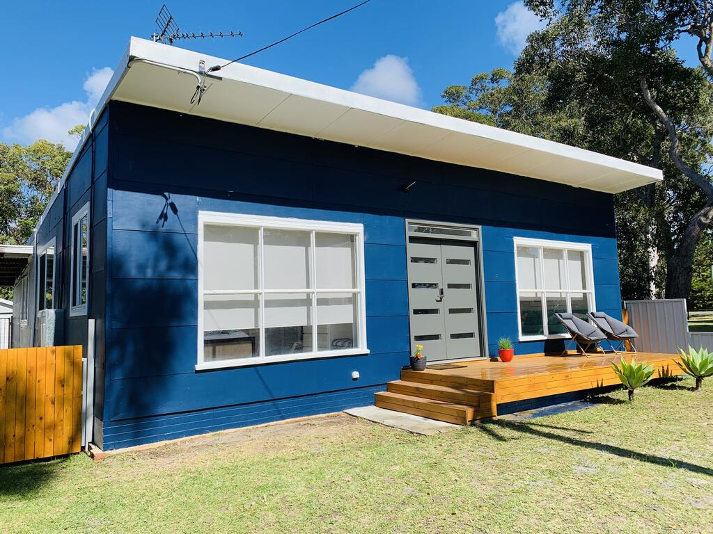Abode Callala Beach Jervis Bay - 100m to Beach - Accommodation Cooktown