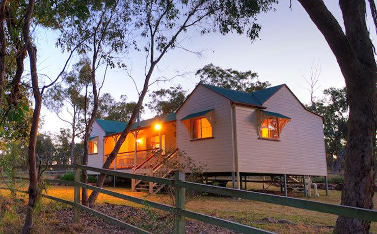 Accommodation Creek Cottages  Sundown View Suites - Accommodation Cooktown