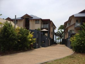 Beach House Apartment 1 - Accommodation Cooktown